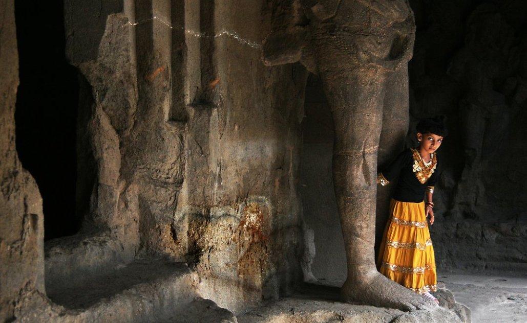 mumbai tourist places elephanta caves