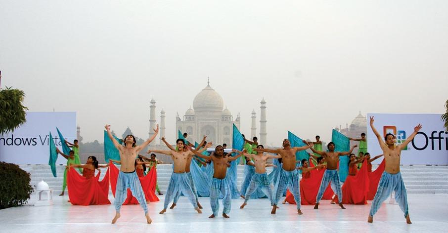 Taj Mhal shows