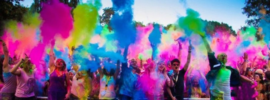 holi weekend tours