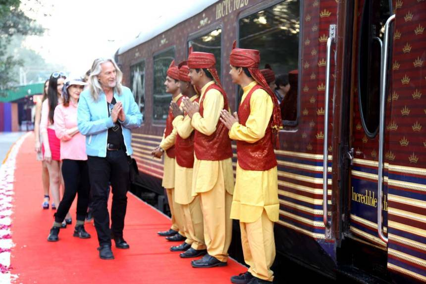 maharajas-express-train-welcomes
