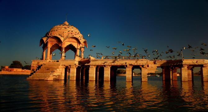 जयपुर कैसे जाएं
