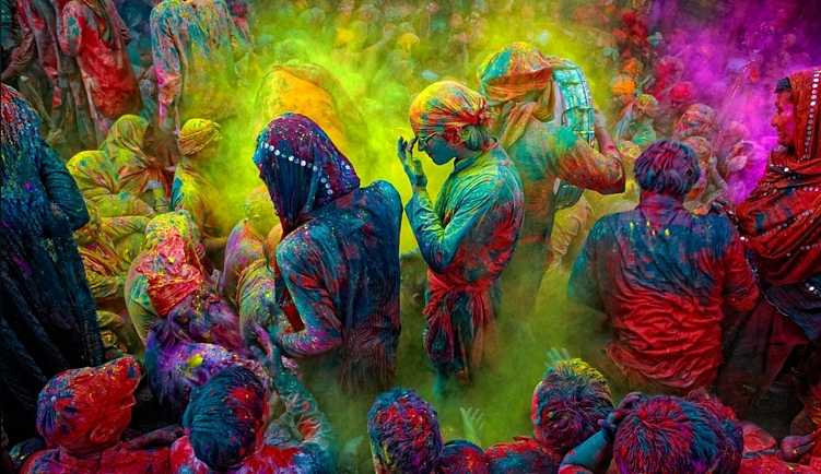 happy-holi-2016-wallpapers-backgrounds-pictures-free-downloads-2