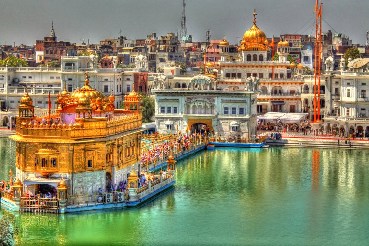 Top 10 places to visit in the world before you die - golden temple: sound of silence