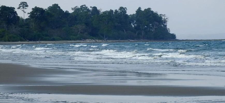 Karmatang Beach, Mayabunder