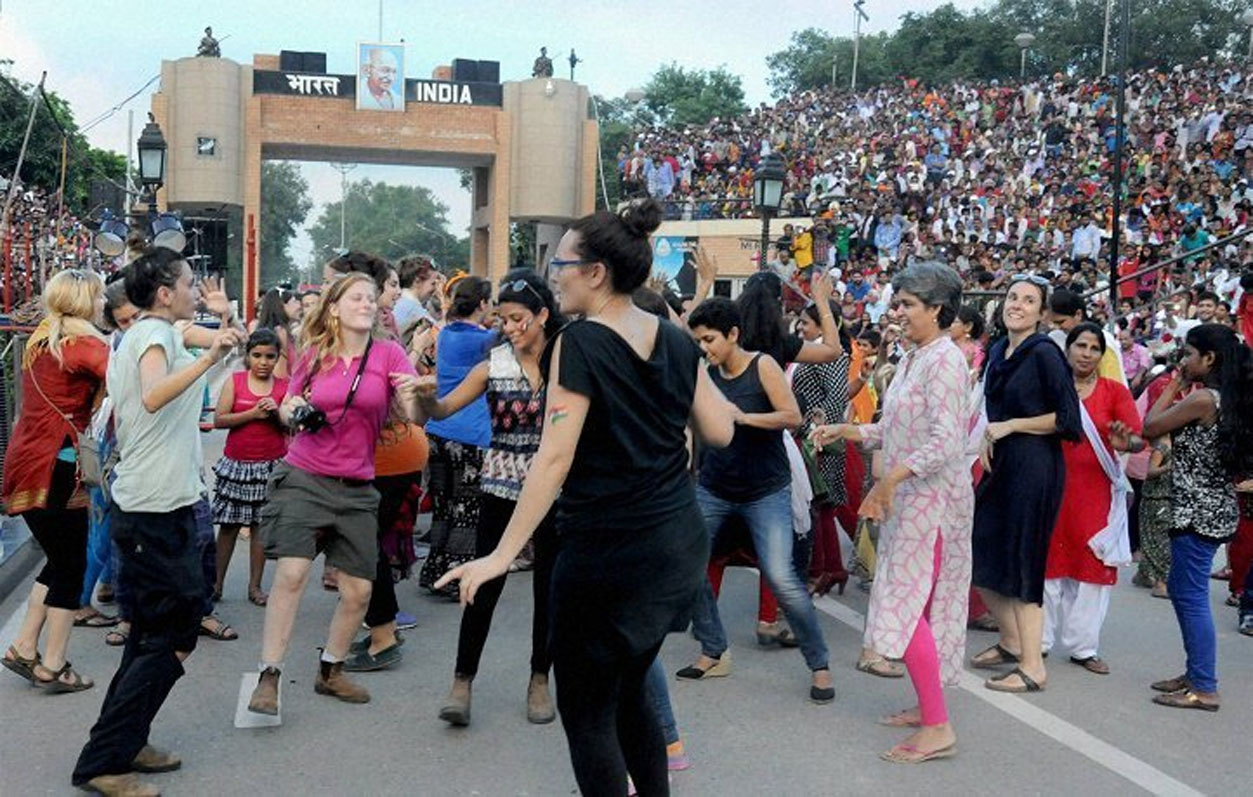 Wagah Border Tour Package